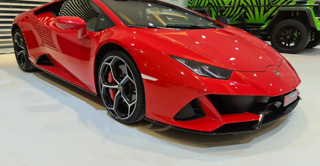 Lamborghini-Huracan-2020-Red-Front-Side-View-Vip-Motors