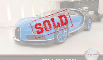 Bugatti-Chiron-Blue-Sold