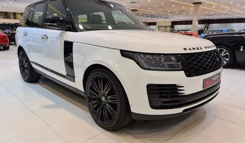 Land Rover Range Rover vogue-white-2020-front side-view-vip-motors