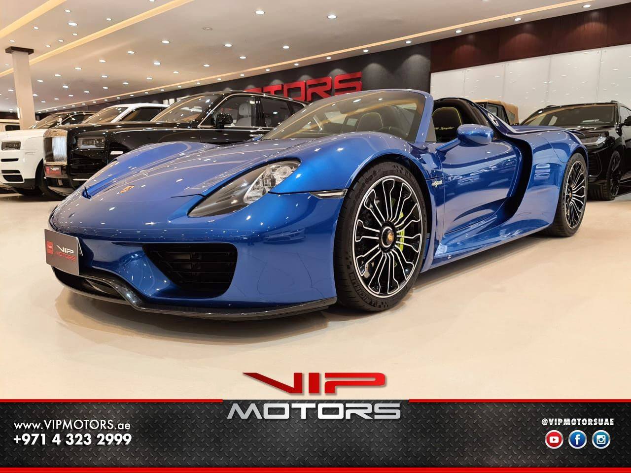 Porsche-918-Spider-Blue-2015-Front-Side-View-Vip-Motors