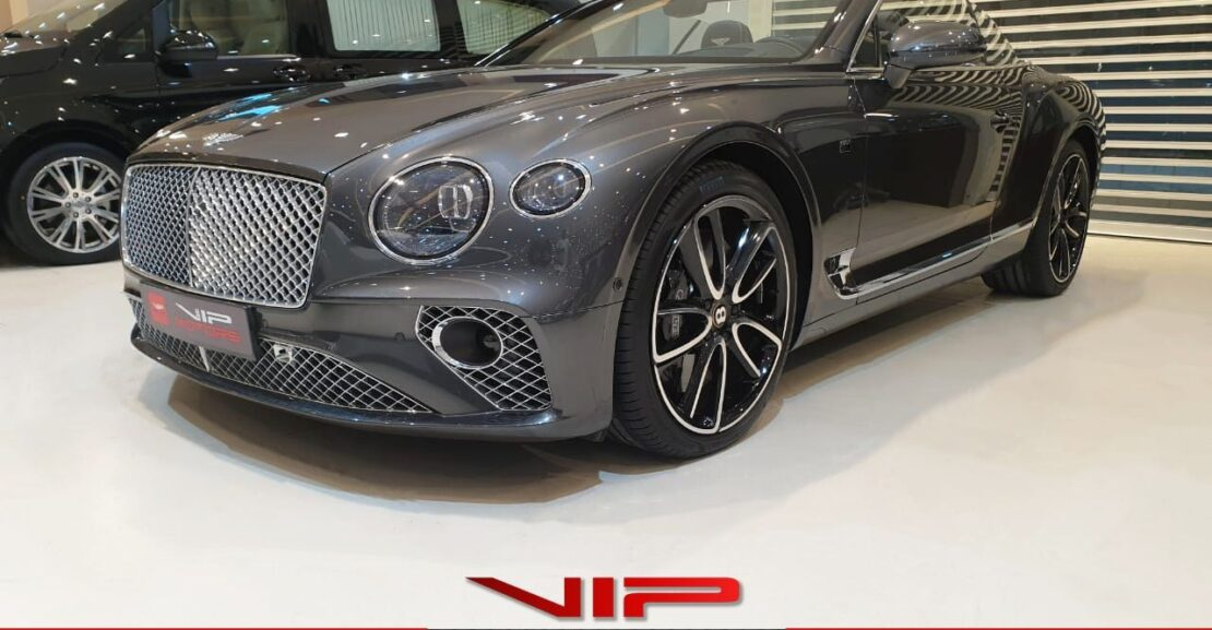 Bentley-Continental-GTC-2019-Grey-Front-Side-View-Vip-Motors
