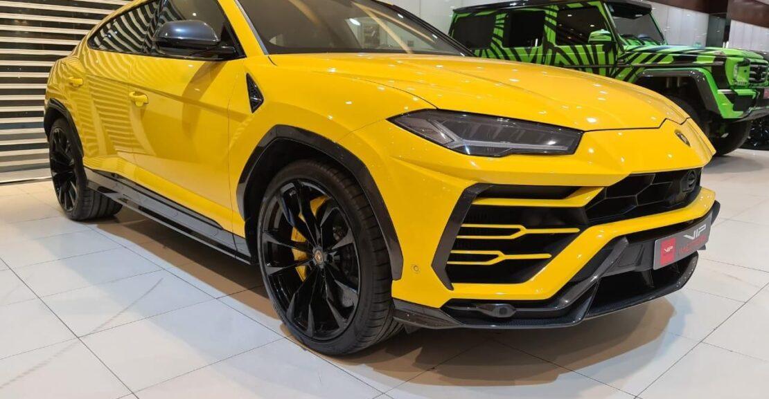Lamborghini-Urus-Yellow-2020-Front-Side-View-Vip-Motors