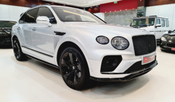 Bentley Bentayga First Edition 2021 Silver for sale in DUbai at VIP Motors on Sheikh Zayed Road